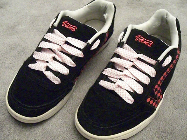 Black Vans sneakers with white & red trim and patterned pink & white Loop Back Lacing (from Daphne S)