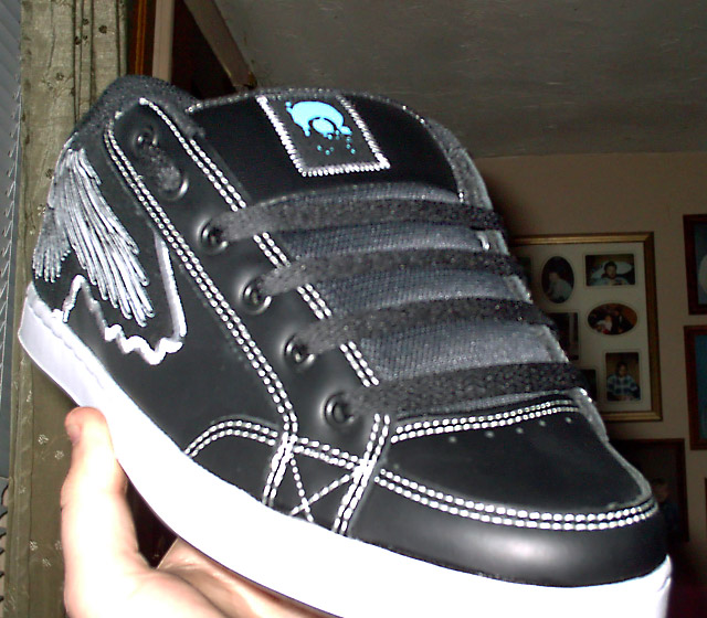 Black Osiris Todd Bratrud Hybrids with white trim and black Straight Easy Lacing (from David B)