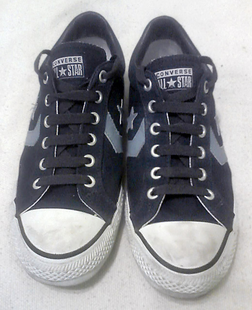 Navy blue Converse All-Stars with cyan, black & white trim and black Straight European Lacing (from Martin N)