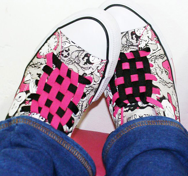 Patterned pink, black & white Converse All-Stars with pink & black Checkerboard Lacing (from Bruna F)