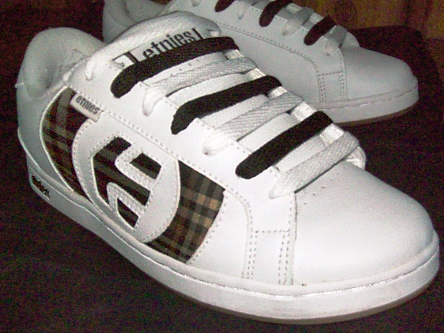 White Etnies sneakers with tartan & chocolate trim and chocolate & white Half & Half / Straight Bar Lacing (from Mandy L)