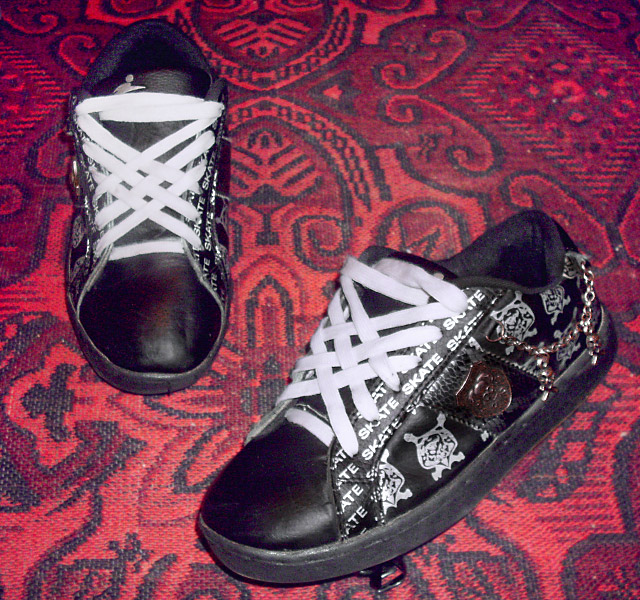 Patterned black & white skate shoes with metallic trim and white Lattice Lacing (from Angel)