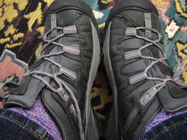 Dark grey Keen sneakers with light grey & pink trim and light grey & pink Lug Lock Lacing (from Emily B)